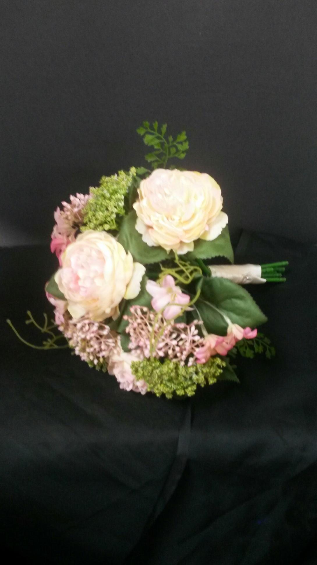 Silk flower bouquet upstate flower market silk flower bouquet izmirmasajfo
